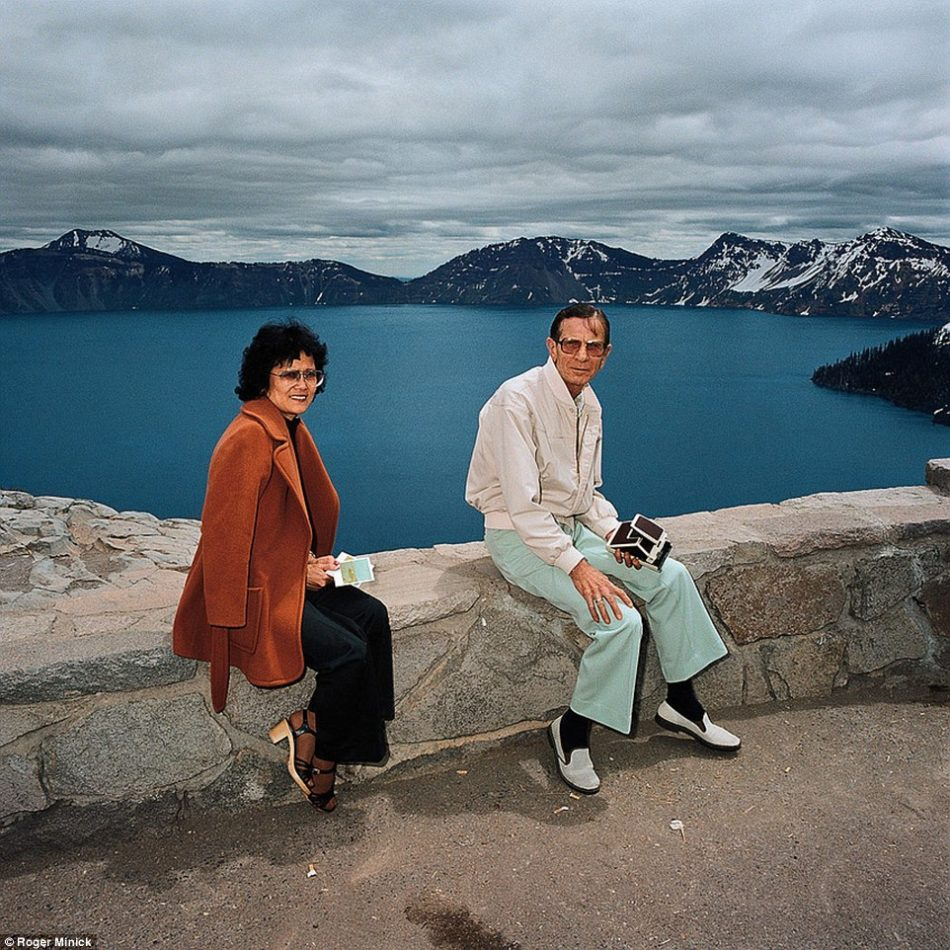 roger-minnick-couple-crater-lake-1980